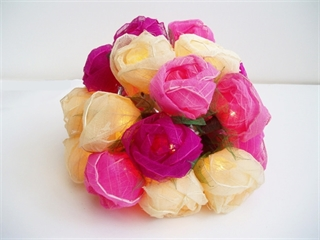 Picture of Pink & Cream Rose Mix